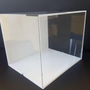 prozirna kutija